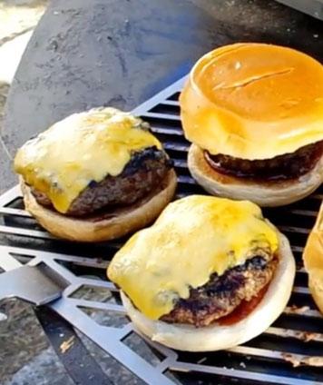 die Sachsengriller Grill Rezept Wildschwein Burger